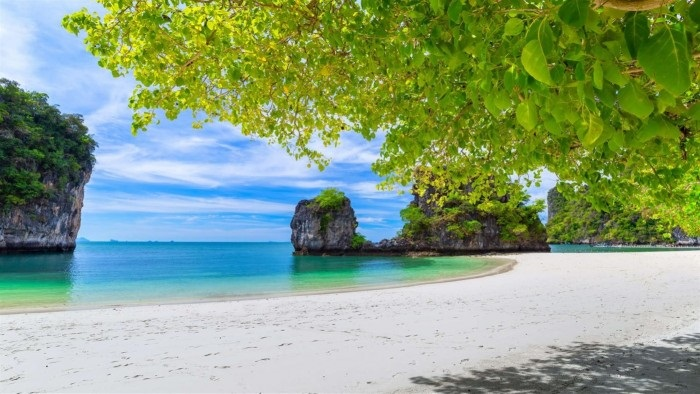 Windows 10 沙滩时光4K壁纸包发布