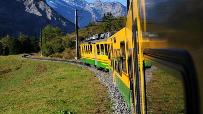 微软推出Panoramic Train Views 4K壁纸包的图片 第9张