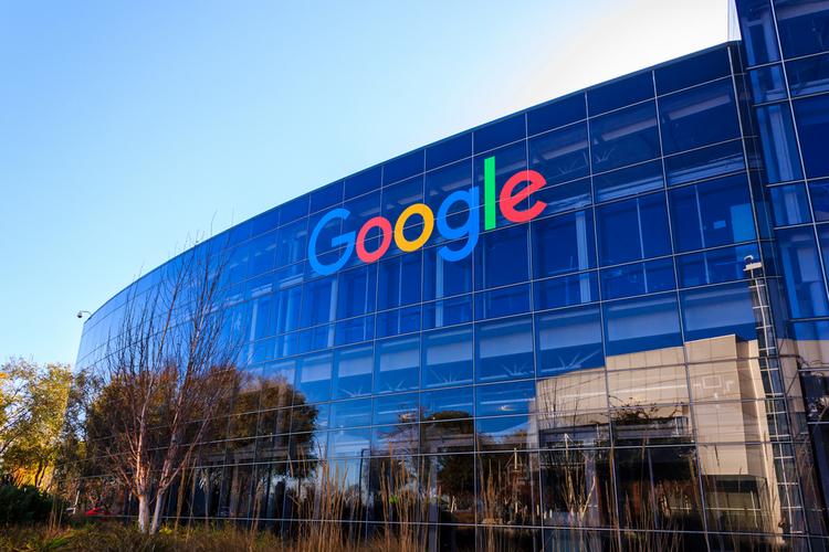 疫情下的谷歌:广告收入滑坡,搜索、直播、应用下载业务激增