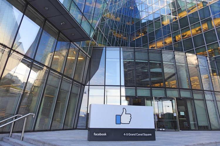 脸书员工或将获准永久在家工作