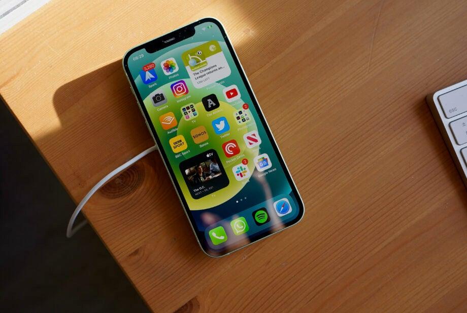 iPhone某漏洞细节公开:可让手机完全被控
