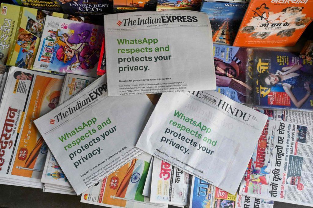 印度当地报摊上的报纸已