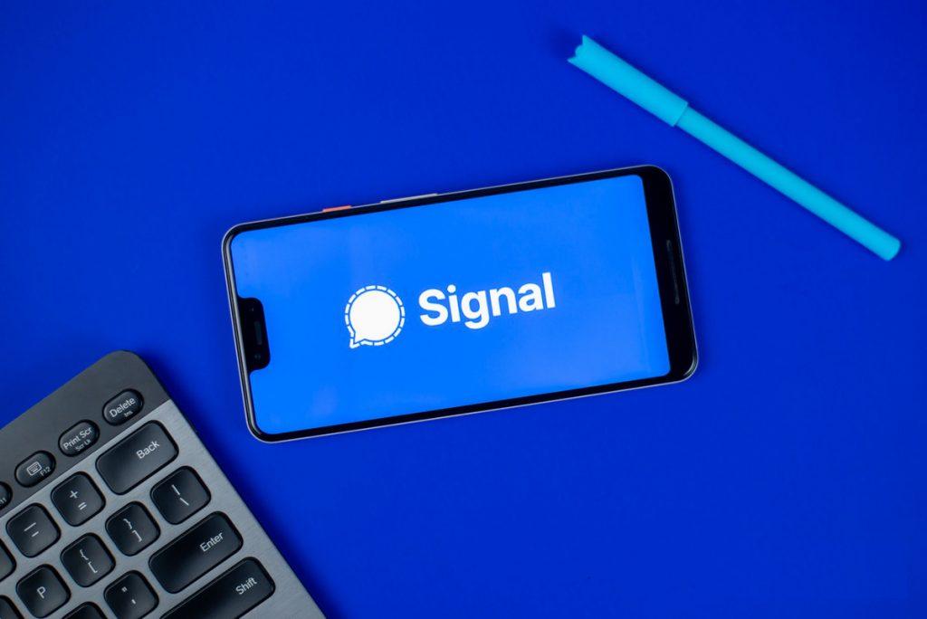马斯克称要用加密聊天应用Signal,意在抵制这款应用