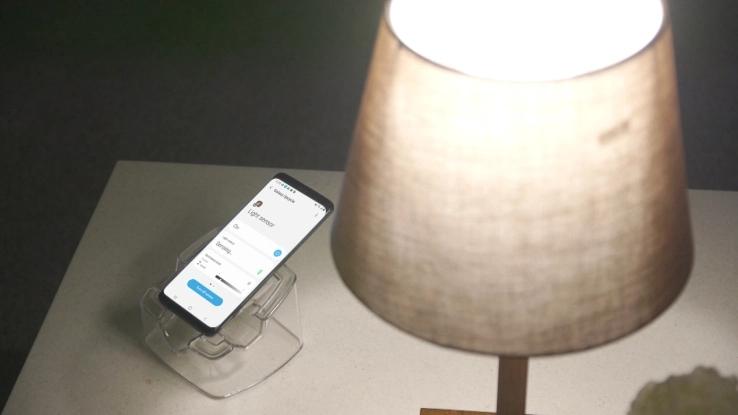 三星测试全新App,将老旧手机改造为声音/光线传感器