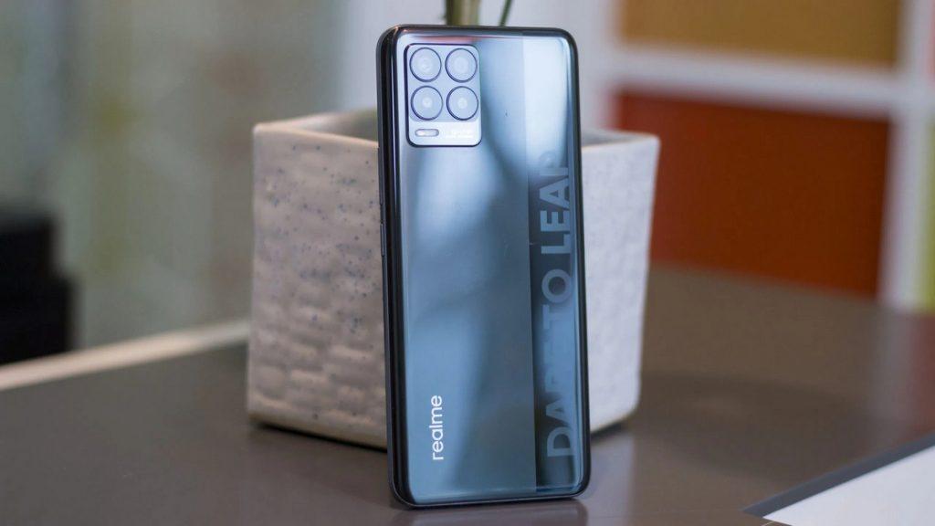 Realme 8迎来系统更新:相机质量优化
