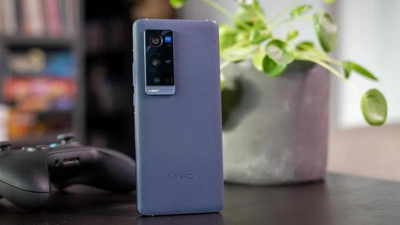 VIVO宣布为部分X系列旗舰手机提供3年系统更新